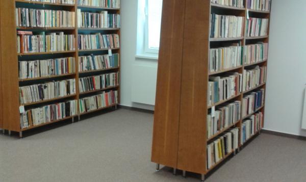 Sťahovanie knižnice 3
