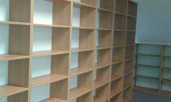 Sťahovanie knižnice 6