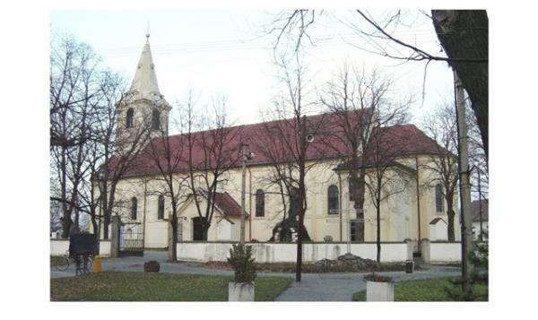Fotografie zachytávajúce práce počas rekonštrukcie kostola (foto: Jakubáč)