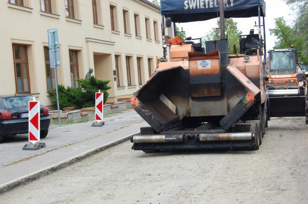 Práce na opravách cesty sa predĺžia do  pondelka 7.8. do 20. hod