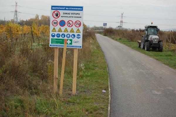 Tabule na cyklochodníku JURAVA nesmú obmedzovať cyklistom vjazd
