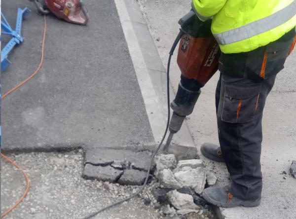 Ulica Zbrody vo Vajnoroch a oprava chodníkov