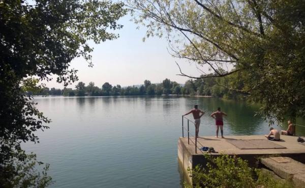 Letná sezóna na vajnorských jazerách