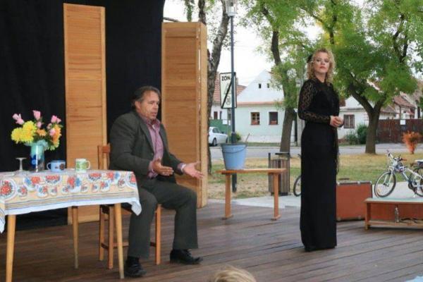 Divadelné predstavenie MEDVEĎ 16.8.2015