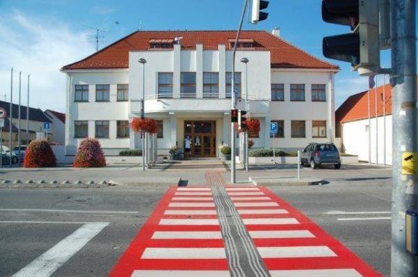 Harmonogram pristavenia kontajnerov na veľkoobjemový a drobný stavebný odpad v rámci jarného a jesenného upratovania v MČ Bratislava - Vajnory na rok 2017